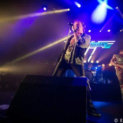 van-hailen-live-3