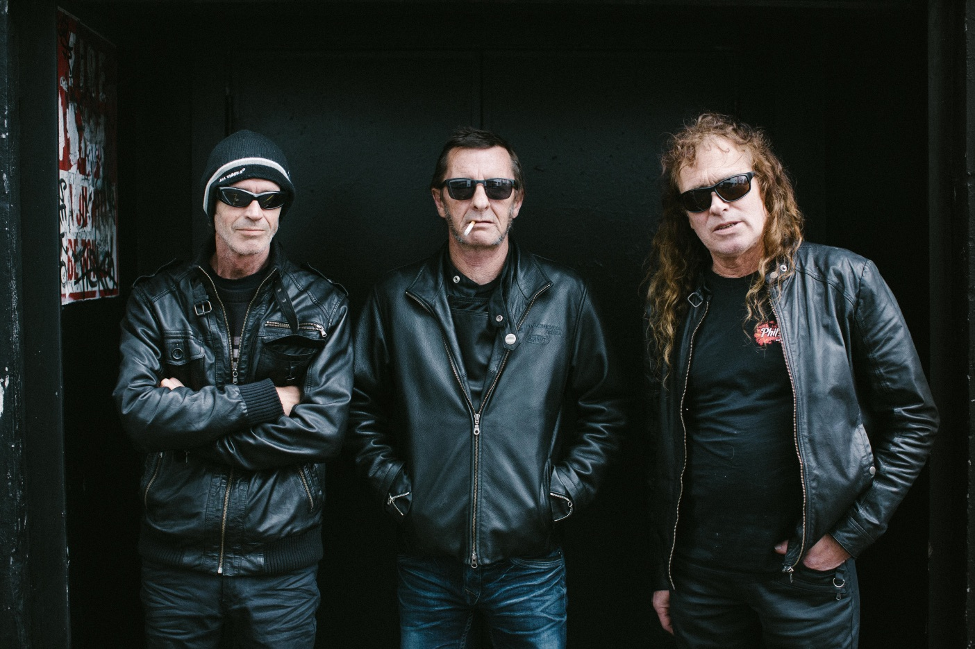 phil-rudd-band-shot
